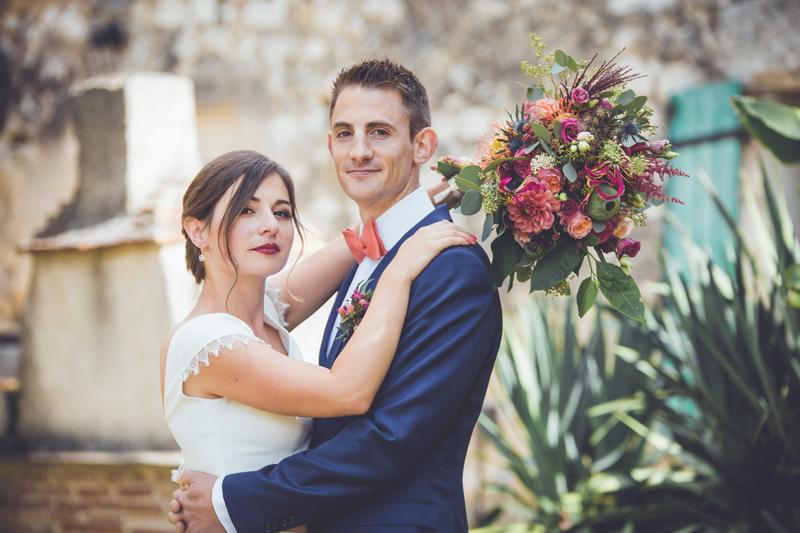 noeud papillon et bouquet de mariée Corail lecoqenpap