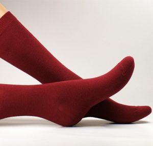 Chaussettes de ville scarlett o lala rouge maison close Archiduchesse x Le Coq en Pap