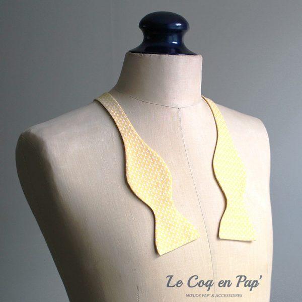 Le Coq en Pap' - Noeud papillon jaune poussin croissant