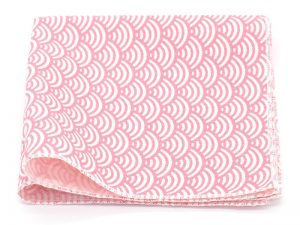 Le Coq en Pap' - Pochette de costume rose clair japonais seigaiha