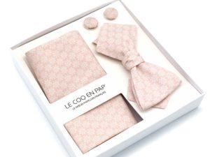 Le Coq en Pap' - Coffret noeud papillon fleuri rose nude rosace